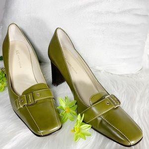 AK Anne Klein Olive Green Leather Heels